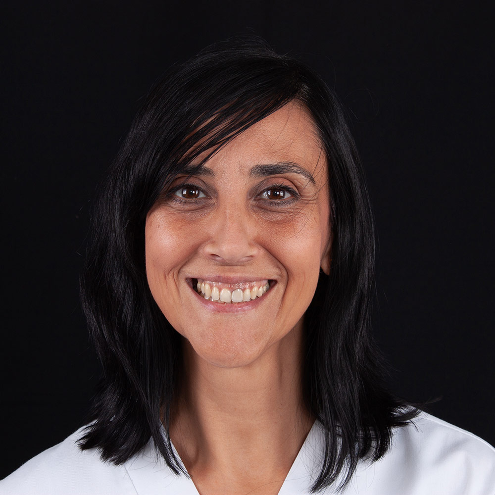 Dentista Lourdes en Clínica Dental Carlos Gavira